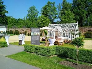 Alitex Gewächshaus im Garten von Schloss Dyck