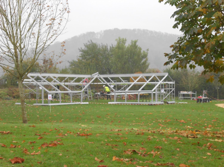 Testaufbau - Anlehnstruktur auf der Torberry Farm.
