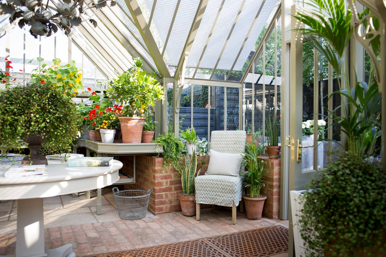Viel Platz - auch für Mußestunden - im Masson Greenhouse.